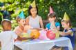 Multikulturelle Kinder Party