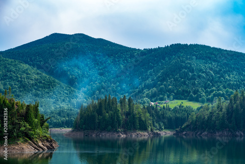 Spoed Foto op Canvas Bergen Mountain Lake