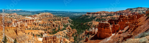 Canvas Panoramic View of Bryce Canyon National Park From the Rim Trail