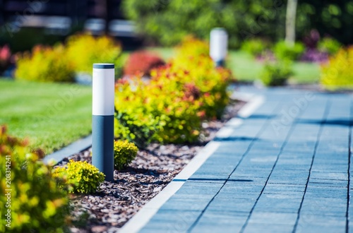 Photo sur Aluminium Jardin Cobblestone Brick Path