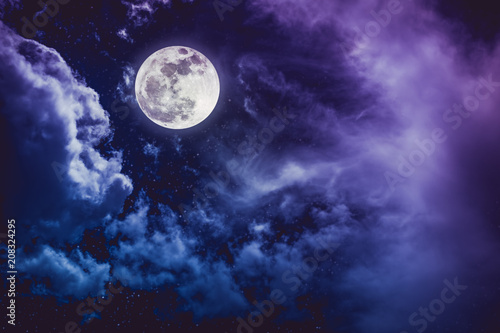 Foto op Aluminium Snoeien Night sky with bright full moon and cloudy, serenity nature background.