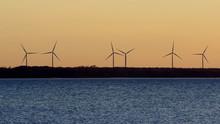 Turbiny Wiatrowe Na Estońskim...