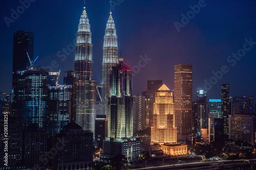 Foto op Aluminium Kuala Lumpur Kuala lumpur skyline at night, Malaysia, Kuala lumpur is capital city of Malaysia