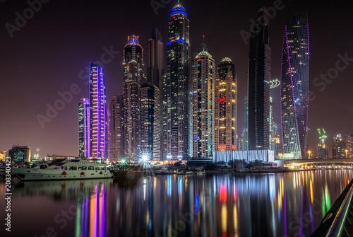 Poster Violet Dubai Marina Ligghts