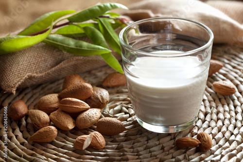Fotografie, Obraz  lait d'amande