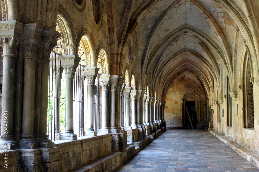 Fototapety, obrazy: Cloister of the Cathedral of Tarragona in Catalunya, Spain
