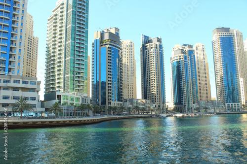 Foto op Plexiglas Chicago United Arab Emirates. Dubai Marina Canal. Beautiful panorama of the city. Background. Dubai, Spring, March, 2018.