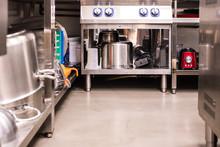 All Steel Industrial Kitchen W...