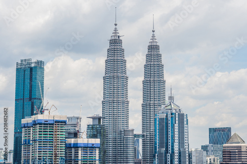 Photo Stands Kuala Lumpur Kuala Lumpur skyline, view of the city, skyscrapers with a beautiful sky in the afternoon