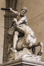 Statue Hercules And Nessus In ...