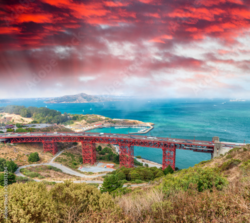 Widok z lotu ptaka Golden Gate Bridge, San Fransisco, Kalifornia -
