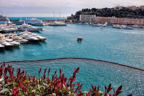 In de dag Poort Monaco, Hafen