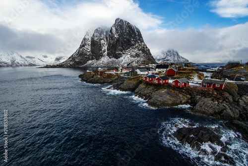 Deurstickers Noord Europa Famous tourist attraction Hamnoy fishing village on Lofoten Islands, Norway with red rorbu houses in winter.