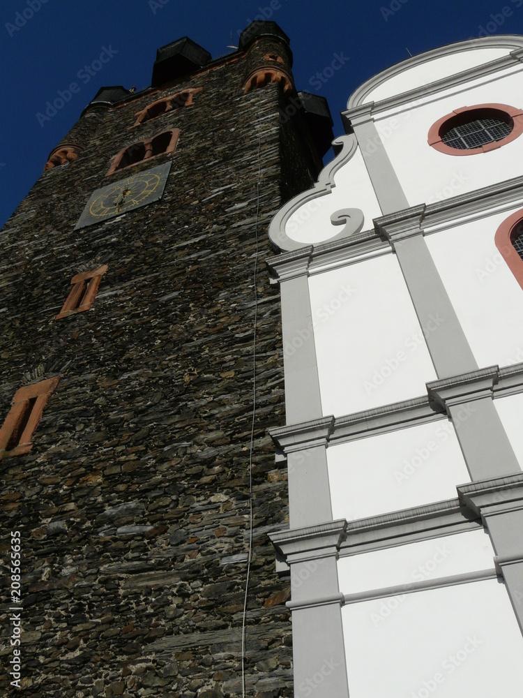 St.-Michael-und-St.-Sebastian-Kirche in Bernkastel-Kues / Mosel Foto ...