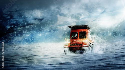 Foto auf Gartenposter Antarktika Polarmobil im Schneesturm
