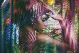 młoda czarna kobieta fantasy portret podwójnej ekspozycji - 208575004