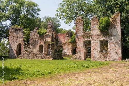 Deurstickers Rudnes Schloss Putzar - Ulrichsbau - Ruine - Außenansicht
