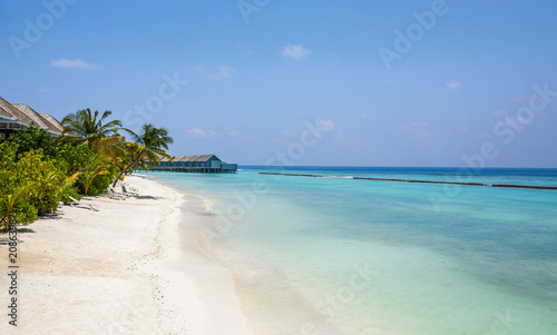 Foto op Canvas Tropical strand Unique beauty of blue lagoon in Maldives