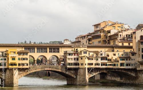 Plakat florencja, włochy, rzeka, most, vecchio, ponte, miasto, europa, firenze, architektura, podróż, woda, ponte vecchio, arno, włoski, stary, tuscany, budynek, punkt orientacyjny, turystyka, niebo, turysta, starożytny, pano