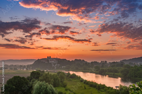 Papiers peints Corail Beautiful colorful sunrise landscape, Tyniec near Krakow, Poland