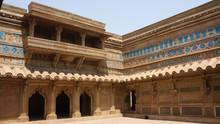 Palacio Man Singh En El Fuerte...