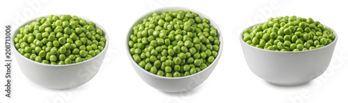 Poster de jardin Légumes frais Green peas in white bowl set isolated on white background