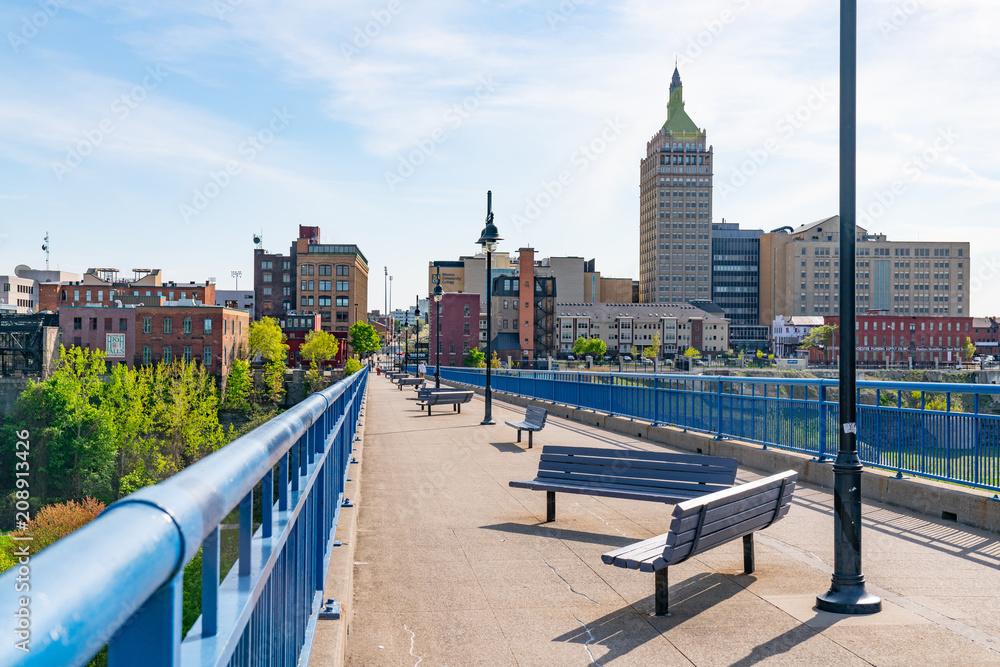 Fototapety, obrazy: Pont De Rennes Pedestrian Bridge in Rochester, New York