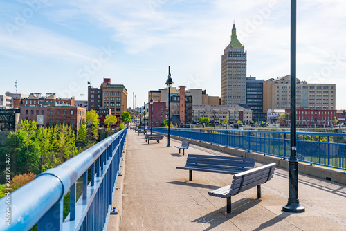 Fototapeta Pont De Rennes Pedestrian Bridge in Rochester, New York
