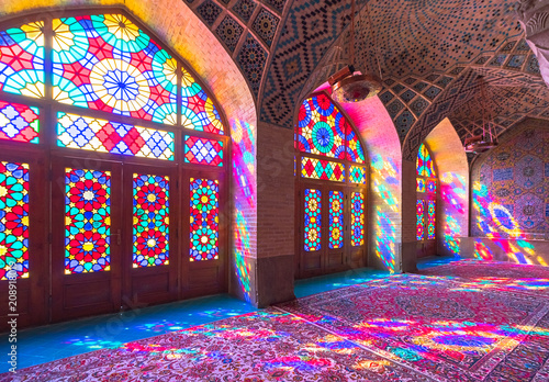 Obraz na plátne The Nasir al-Mulk Mosque also known as the Pink Mosque is a traditional mosque in Shiraz, Iran