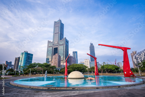 Fotografia  Kaohsiung City, Taiwan - June 8, 2018: 85 sky tower was photographed at Shin Kon