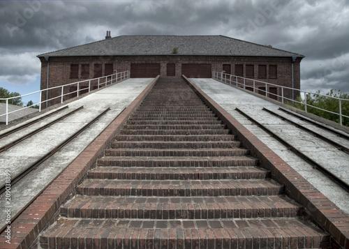 Fotografie, Obraz  Escalier au camp de concentration de Neuengamme, Hambourg, Allemagne