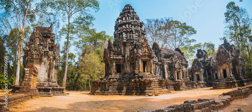 Thommanon temple in Angkor Wat Wallpaper Mural