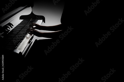 Fotoposter Muziek Piano player. Pianist hands playing grand piano