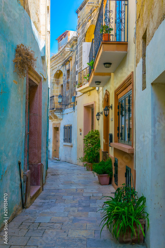 Foto op Plexiglas Havana View of a narrow street in Victoria (Rabat), Gozo, Malta