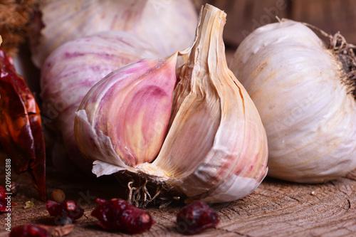 In de dag Aromatische Fresh garlic