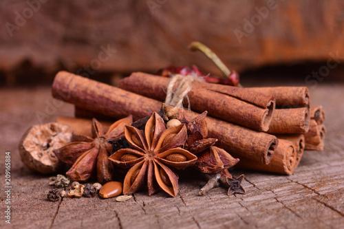 In de dag Aromatische Aroma spices