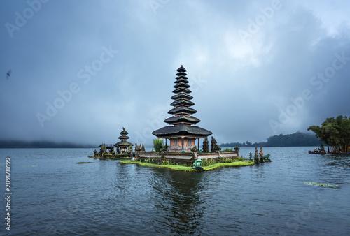 Poster Bali Ulun Danu Beratan Temple, Bali ,Indonesia