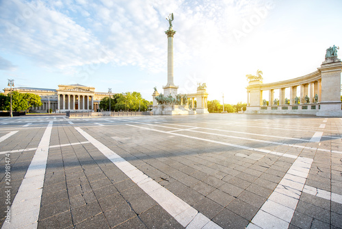 Fotobehang Centraal Europa Morning view on the empty Heroes square with monument and column during the sunny weather in Budapest, Hungary