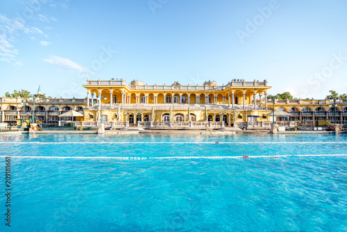 Fotobehang Centraal Europa Szechenyi outdoor thermal baths during the morning light without people in Budapest, Hungary