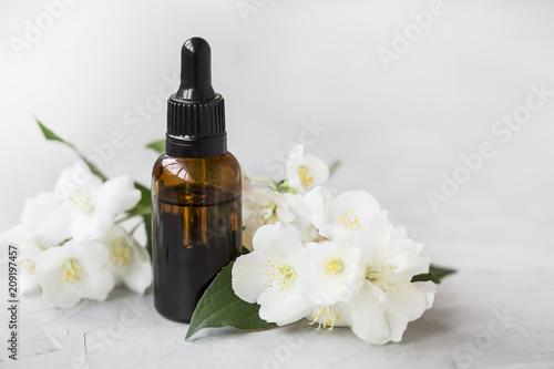 Carta da parati Jasmine essential oil