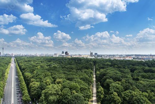 Fotobehang Centraal Europa aerial view of Tiergarten and skyline of Berlin.