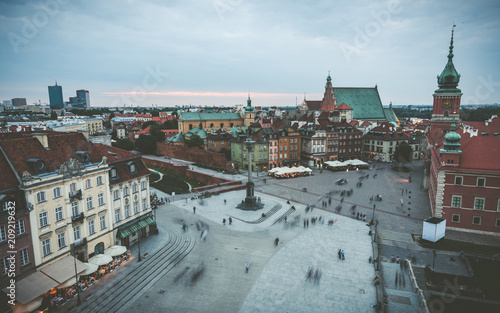 Fotobehang Historisch geb. Evening view of central square in Warsaw. Warsaw old town, Poland
