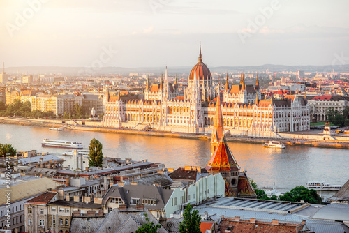 Tablou Canvas Cityscape view with famous Parliament building during the sunset light in Budape
