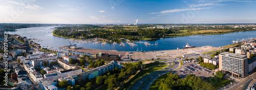 Fotografía  Panorama - Blick zur Warnow, Stadthafen und Yachthafen Rostock