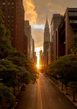 Manhattanhenge When The Sun Se...