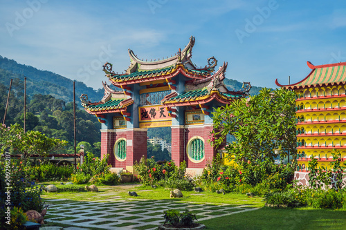 Tuinposter Bedehuis Buddhist temple Kek Lok Si in Penang, Malaysia, Georgetown
