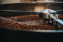 Coffee Roaster Cylinder Roasting And Mixing Coffee Beans