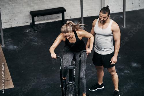 fitness partner finden