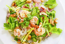 Spicy Shrimp And Cashew Nut Ve...