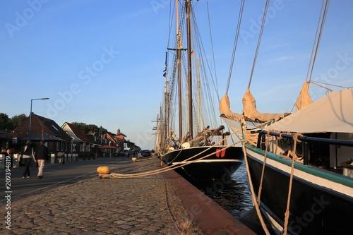 Foto op Plexiglas Poort sailing ships, Kiel-Canal